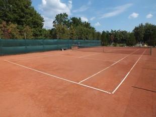 Tenisz pályák